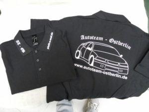 Rücken und Kragenbeschriftung mit Flexfolie auf Polo-Shirt für Autoteam-Ostberlin