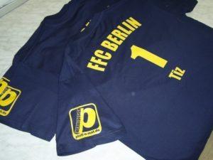 Shirts mit Textildruck aus Flexfolie für den FFC Berlin