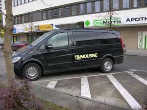 Beschriftung der Timmousine fürs Fernsehen