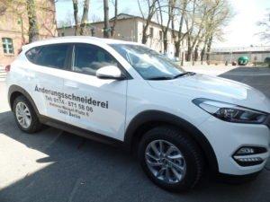 Fahrzeugbeschriftung für Änderungsschneiderei